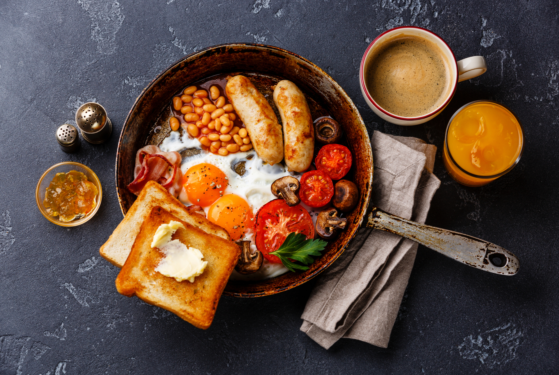 Hot breakfast month