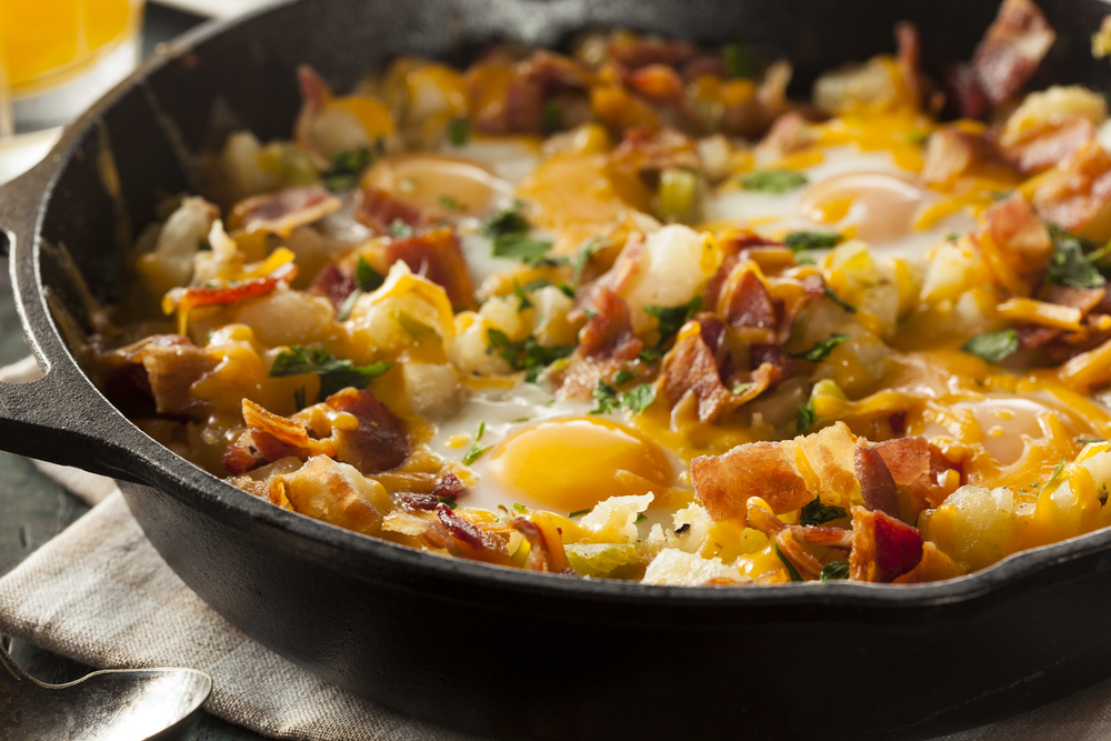 Homemade,Hearty,Breakfast,Skillet,With,Eggs,Potatoes,And,Bacon